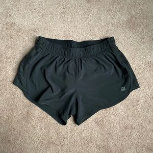 "Victoria Sport Run Short - 2.5"" (Black)"